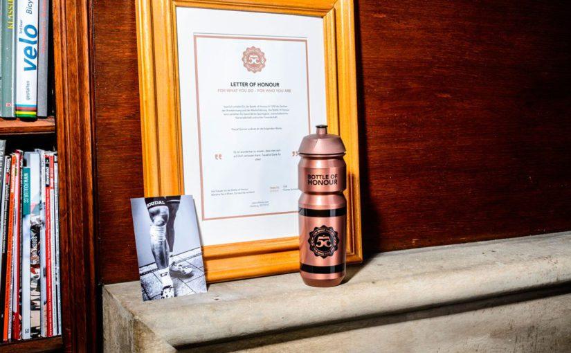 Ehre wem Ehre gebührt, die Bottle of Honour